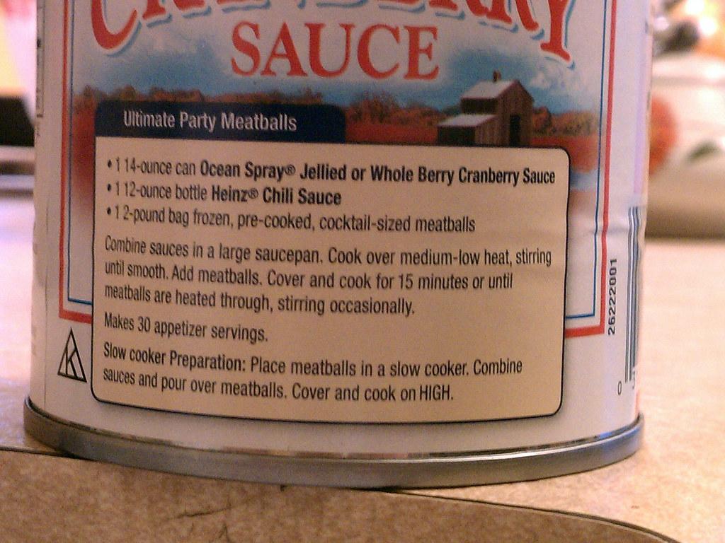 Cranberry sauce can
