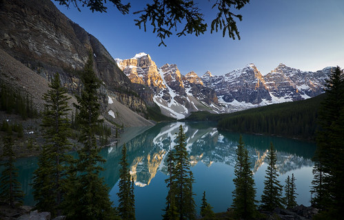 Moraine Lake - Banff National Park - 7-06-12  02