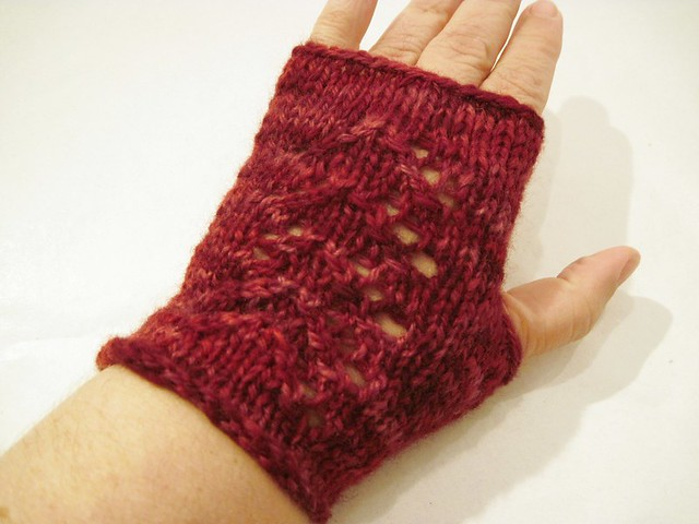 Elf Princess Mitts -- hand knit from handspun yarn