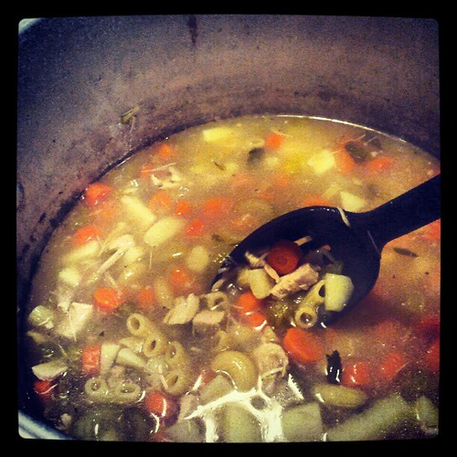 Big 'ole pot of Nana's #turkey #soup done! #thanksgiving #leftovers #turkeysoup #yumo #sodelicious #food #dinner