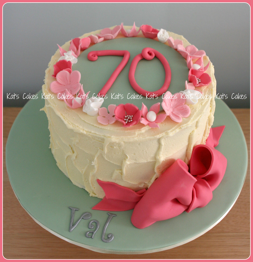 Mums 70th Birthday Cake