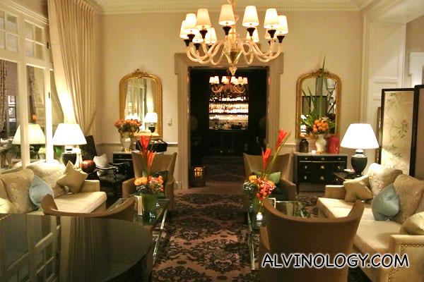 Bar/ lounge area