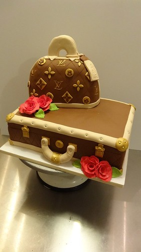 LV trunk and Bag Cake by CAKE Amsterdam - Cakes by ZOBOT