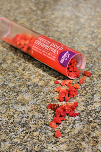 Freeze dried strawberries IMG_6455 ch R