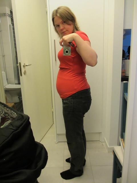 Magen en månad efter förlossningen