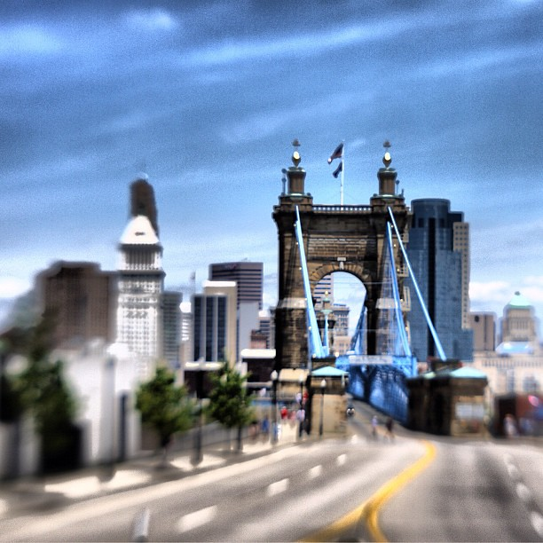 Roebling Bridge #downtowncincy #cincinnati  #bridge