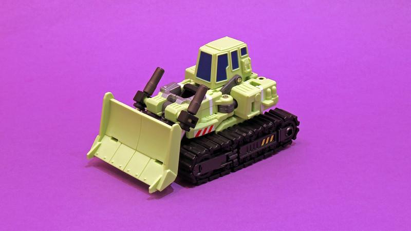 "Collection Nosfe ""Transformers & Hokuto No Ken & Cie"" - Page 2 8282645200_8183a6a85b_c"