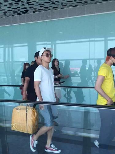 BIGBANG arrival Shenzhen 2015-08-07 by 总裁龙 (11)
