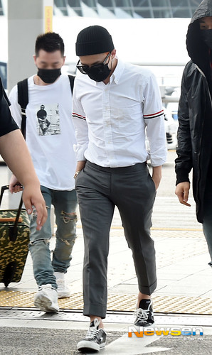 BIGBANG Incheon Airport to Shanghai Press 2015-06-19 082