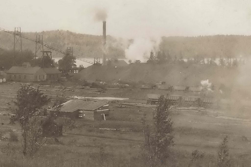 Pleasing Mining Up Negaunee Mi Industry Iron 1930S Rppc The Hartfor Home Interior And Landscaping Mentranervesignezvosmurscom