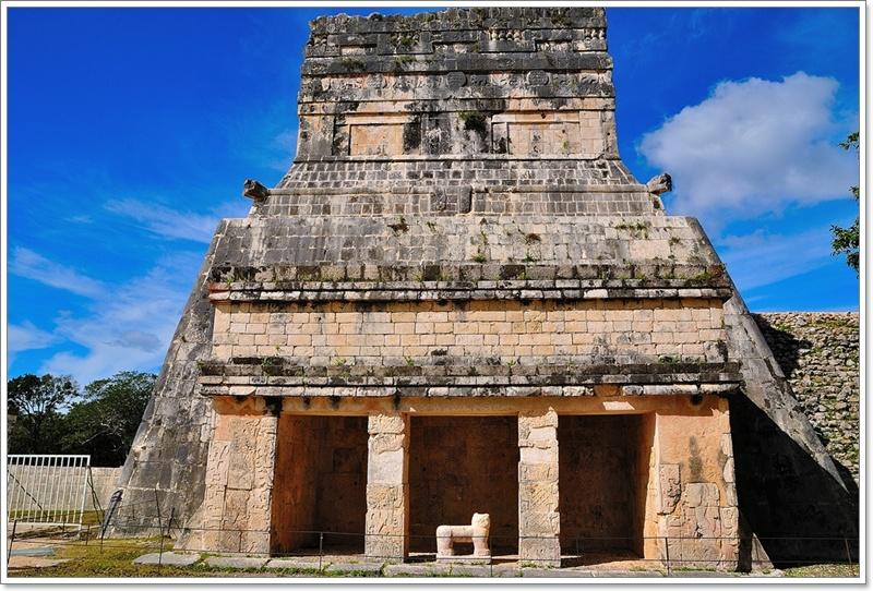 6美洲豹和盾牌神殿