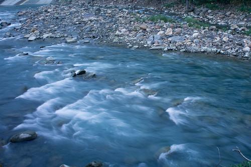 雖然長曝流水是爛梗,不過也要看看這水的清澈度
