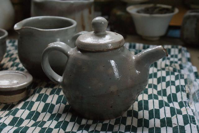 Park Jong Il Teapot (teaset)