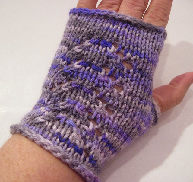 Elf Princess Mitts -- hand knit from wahm dyed yarn