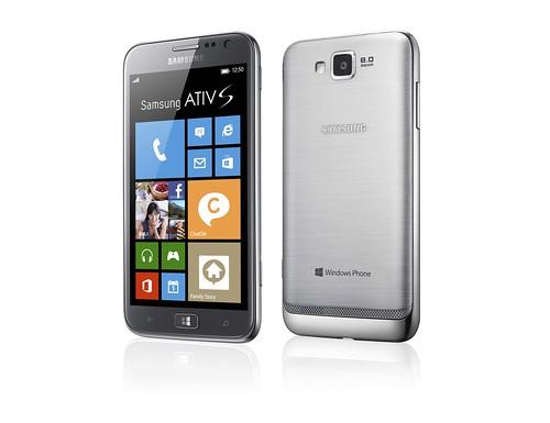 Samsung ATIV S多元傳輸分享功能 搭配時尚外觀設計 創造無比社交魅力