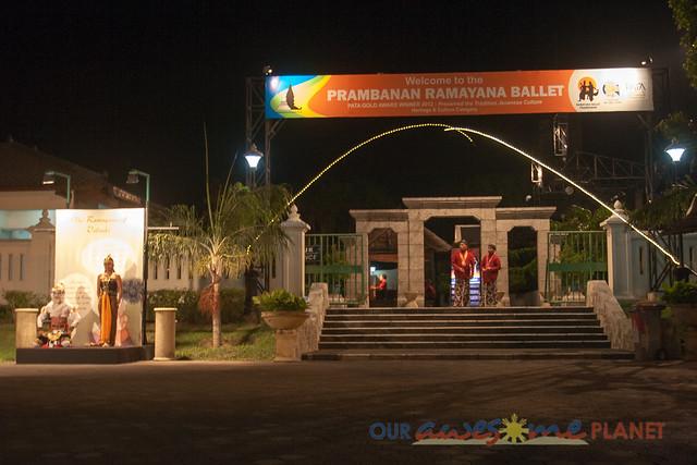 Prambanan Ramayana Ballet-1.jpg