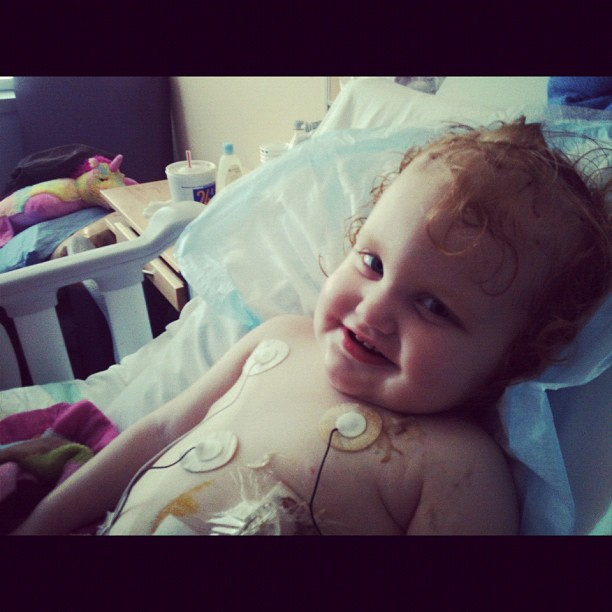 "#reesey was laughing as sh made me run around the bed ""other side!"" Then ""other side!"" :) #gingerfight #prayersforreesey"