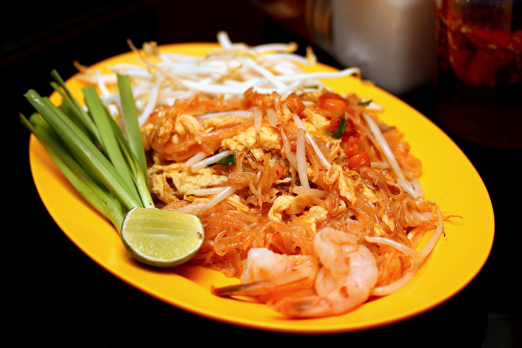 Na Na Original Thai Food's Pad Thai with fresh prawns