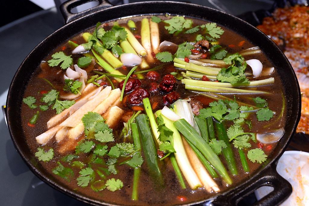 紅堂新川味 - 火鍋雞