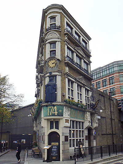 immeuble du Blackfriars.jpg