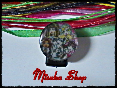 Anillo De Resina Epoxi Con Base Metálica Ajustable  Monster High