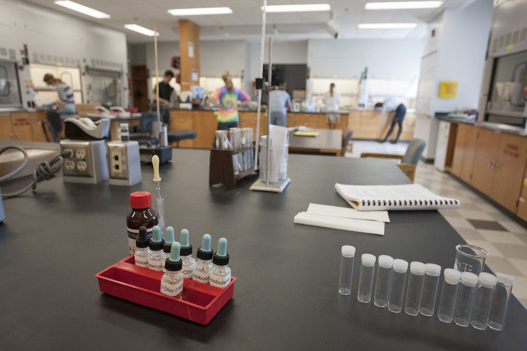 The College's 86,000-square foot science center offers abundant classroom, lab, and study areas conducive to both independent and collaborative learning.