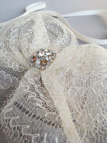 Emici Bridal lace bow
