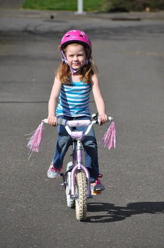 Ana learned to ride a bike!
