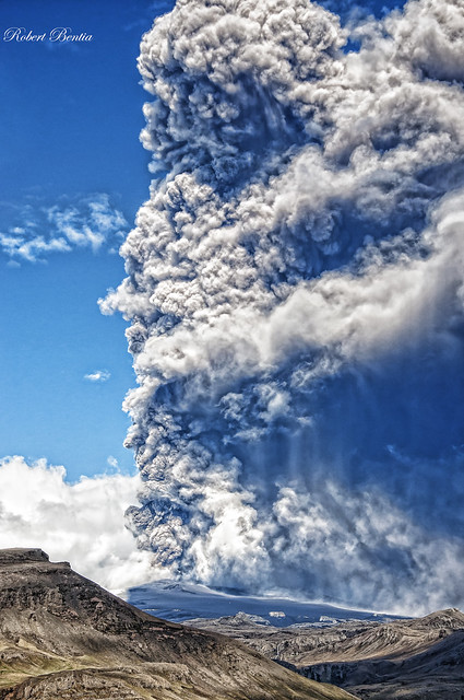 eruption of volcano