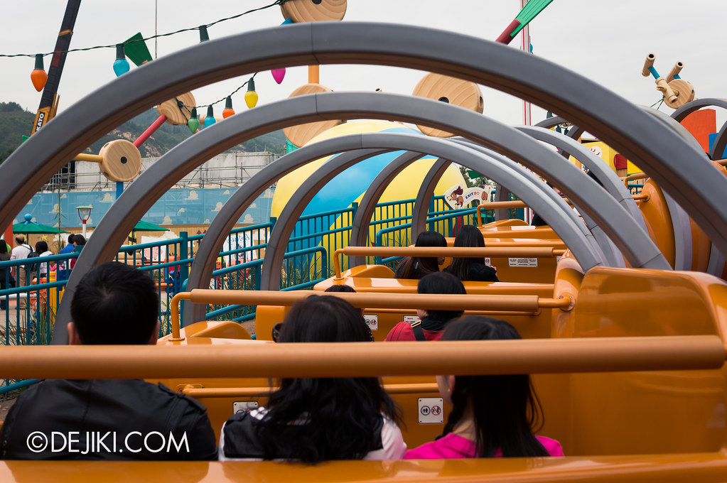 Inside Slinky Dog