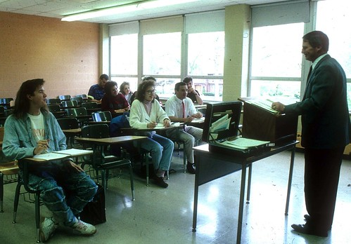 Scharfe, Prof Ron -Students in classroom  1991