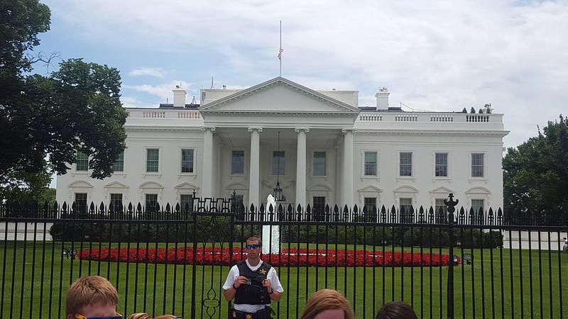 White House by Washington