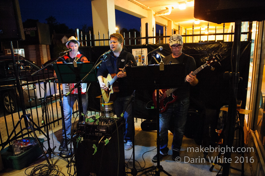 Heinz 57 and The Wailing Whippets at Strykerz 224