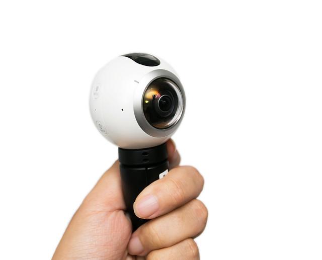 前所未有的拍照體驗!走在未來的 4K 全方位 360 環景相機 Samsung Gear 360! @3C 達人廖阿輝