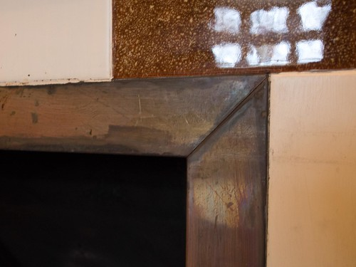 暖炉縁周辺 金属板