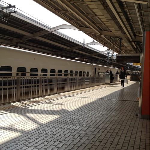 熱海駅 by haruhiko_iyota