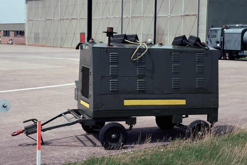 Ground Support Equipment Photo's - FighterControl