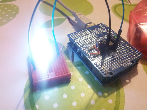 Shield soldered for easy Attiny85 programming