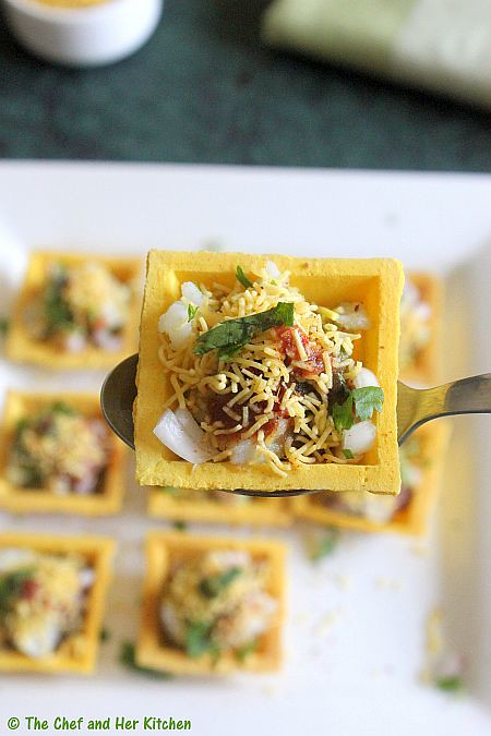 The chef and her kitchen canape sev puri fillings for for Canape fillings indian