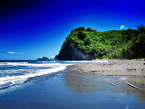 ocean blue sky black green beach nature island hawaii coast big sand rocks waves trail pure awini