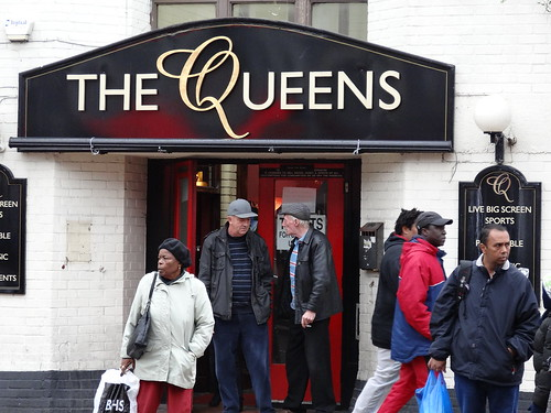 The Queens Pub