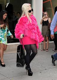 Lady Gaga Bright Fur Trend Celebrity Style Women's Fashion