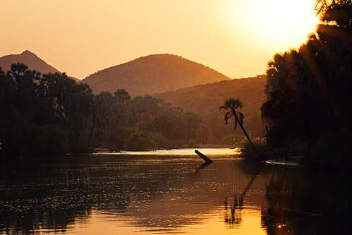 africa sun sunrise river dawn alba fiume namibia epupafalls cascate kunene