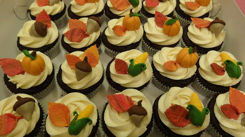 Thanksgiving Cupcakes by CAKE Amsterdam - Cakes by ZOBOT