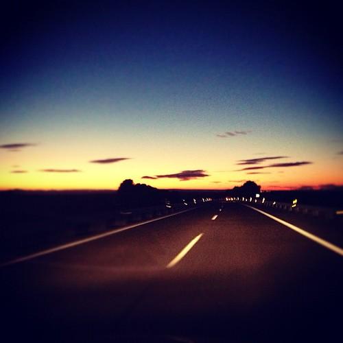 Carretera y manta de vuelta en vuelta