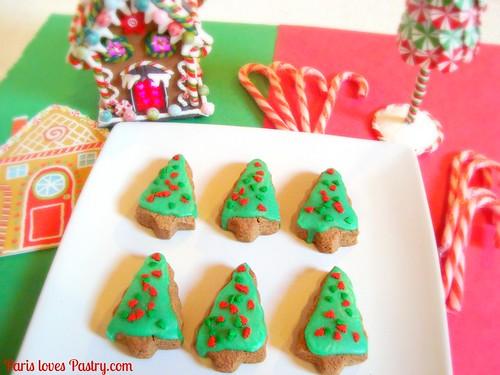 姜饼圣诞树饼干