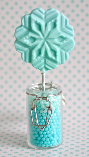 Mint chocolate snowflake lollipop