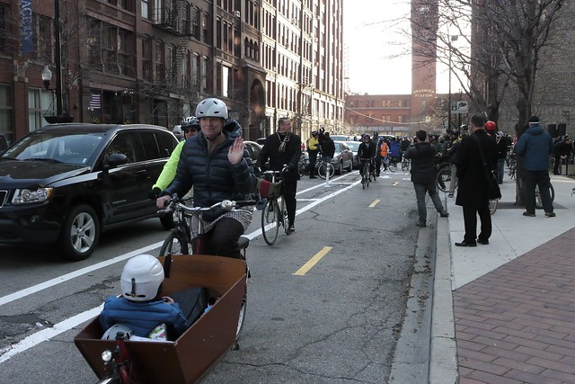 Inaugural bike ride on Dearborn Street two-way cycle track