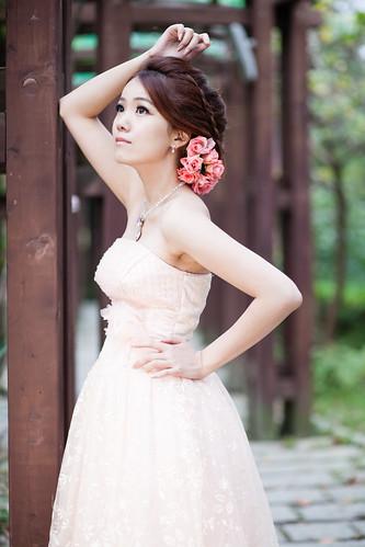 [フリー画像素材] 人物, 女性 - アジア, ワンピース・ドレス ID:201212231400