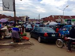 Street market scene, Adimula Palace Roundabout, Ilesa, Osun, Nigeria. #JujuFilms
